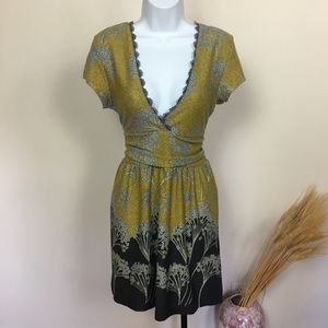 Unique small FUNKY PEOPLE yellow gray floral dress